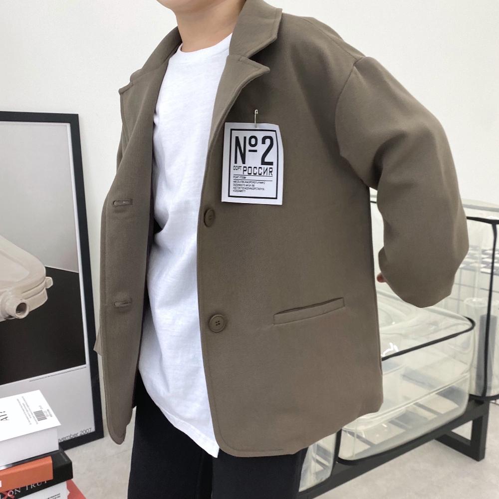 코트 모델 착용 이미지-S3L10