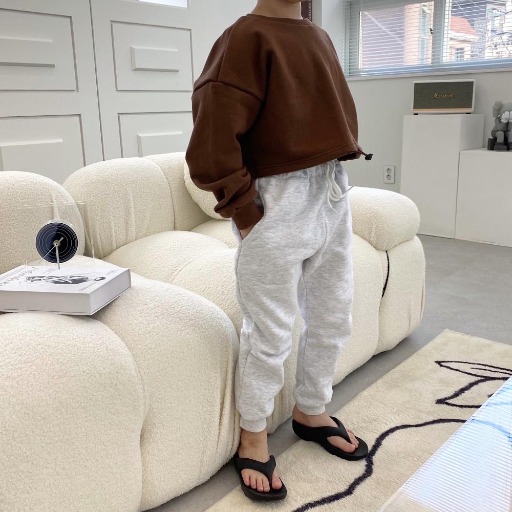 바지 모델 착용 이미지-S3L16