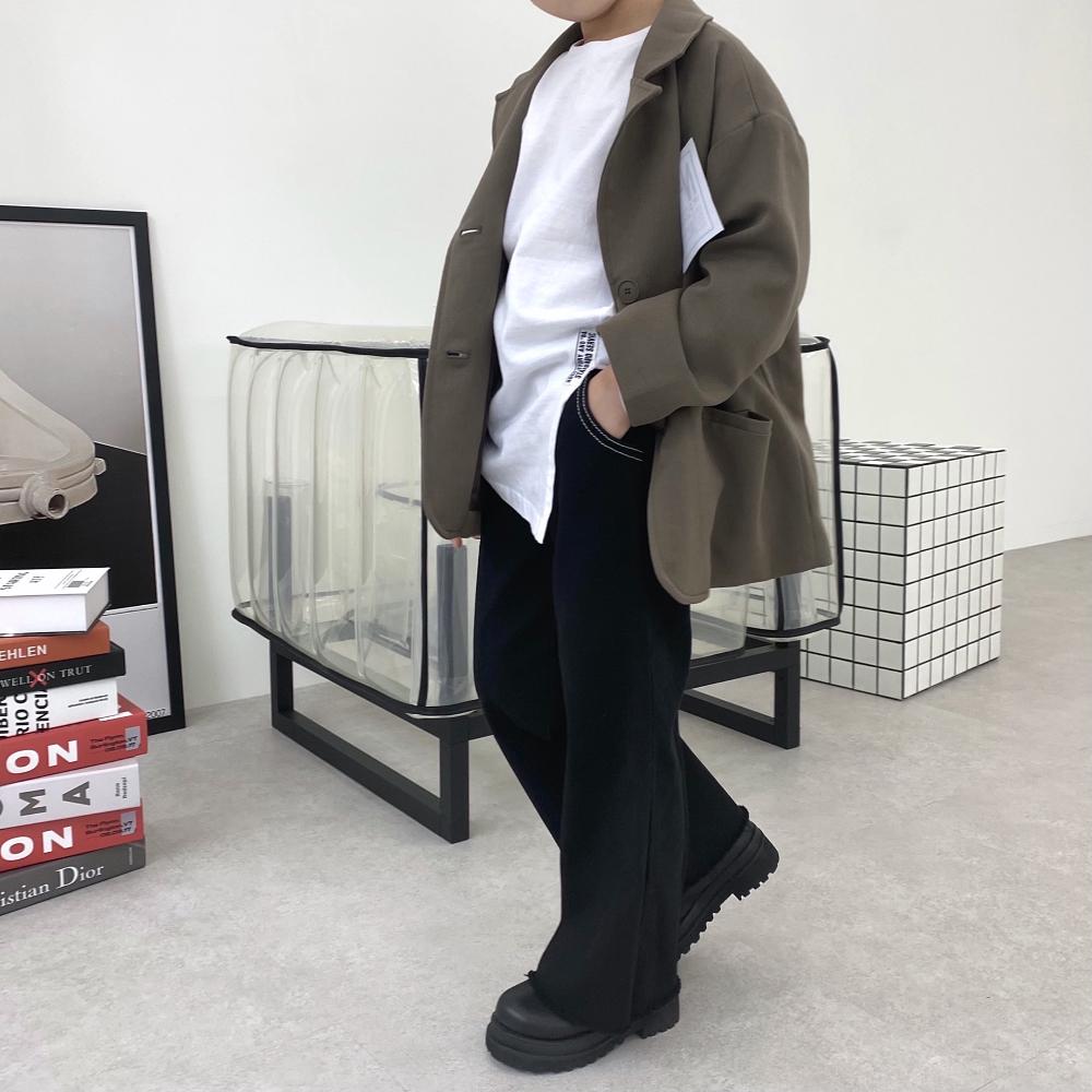 코트 모델 착용 이미지-S3L18